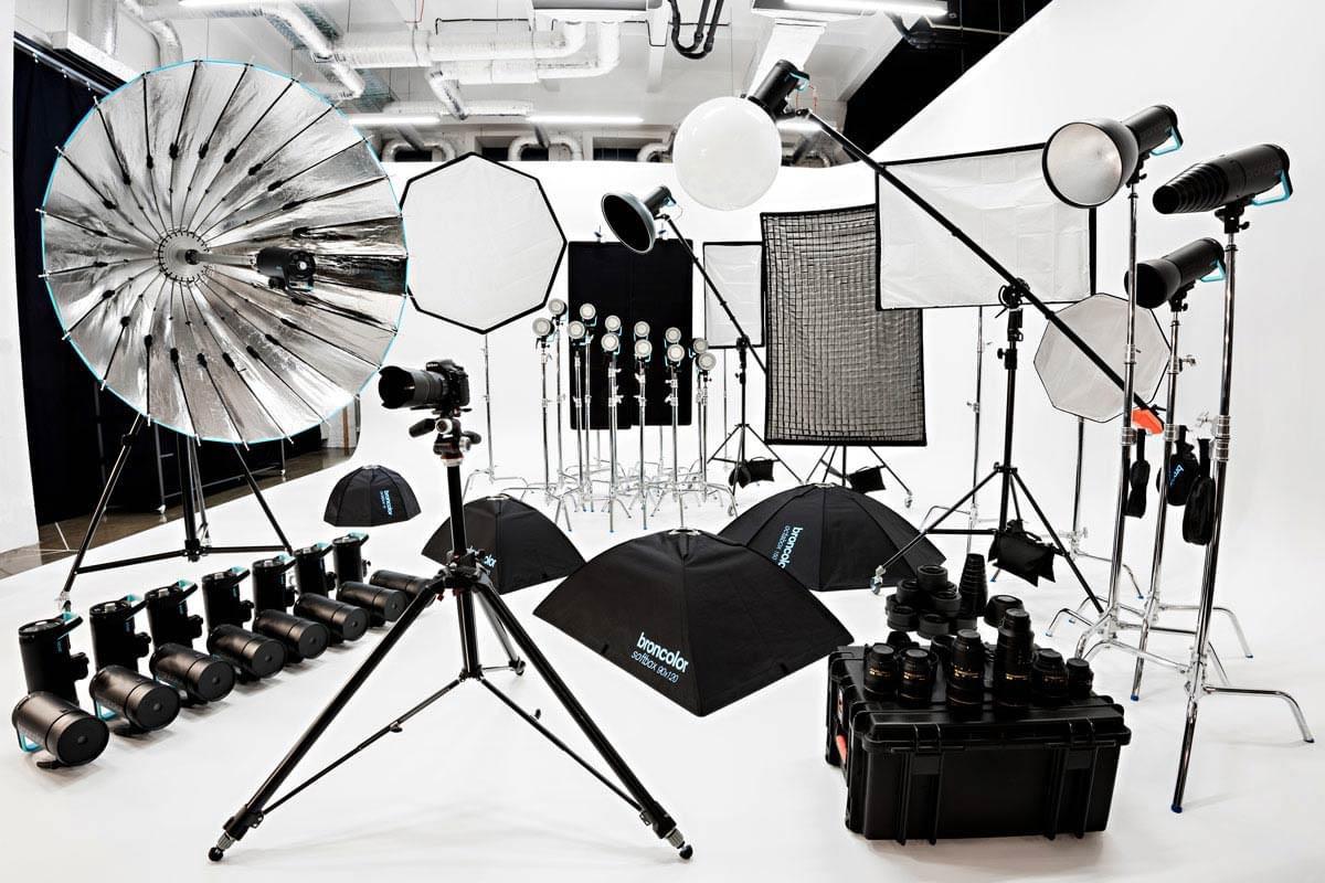 White corner Cyclorama - Lightfield Photo Studio